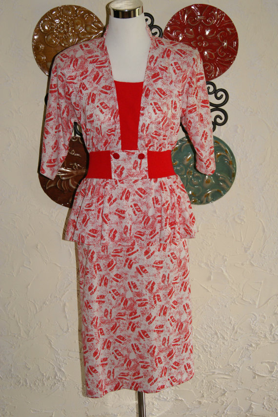 1980s KR of NY Red And White Kiss Pattern Dress Peplum Top Size 5 to 6