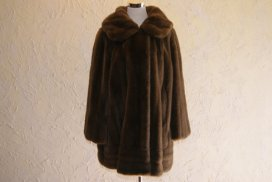 Tissavel For Country Pacer Brown Knee Length Faux Fur Coat Or Jacket Long Sleeve 1950s