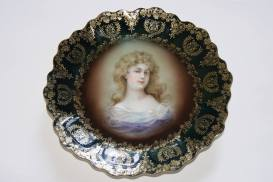 Royal Vienna ZEH SCHERZER ZS And Co Porcelain Portrait Plate Artist Signed Gracioga